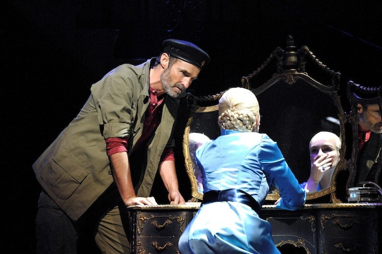 EVITA at The Bristol Hippodrome. Not necessarily a laugh a minute as the show includes death, illness, a military coup and an earthquake but there are pots of glamour and some of the most well known iconic musical classics. Click through for the review.
