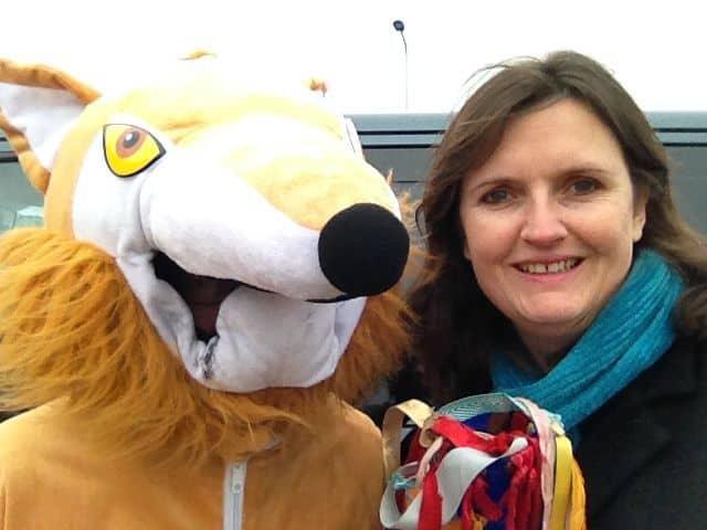 Jane hands baton to Fox