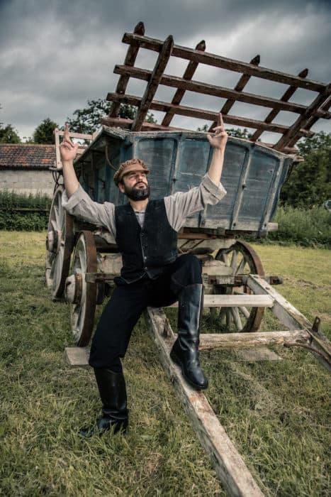 Fiddler On The Roof Review Bloc At Bristol Hippodrome